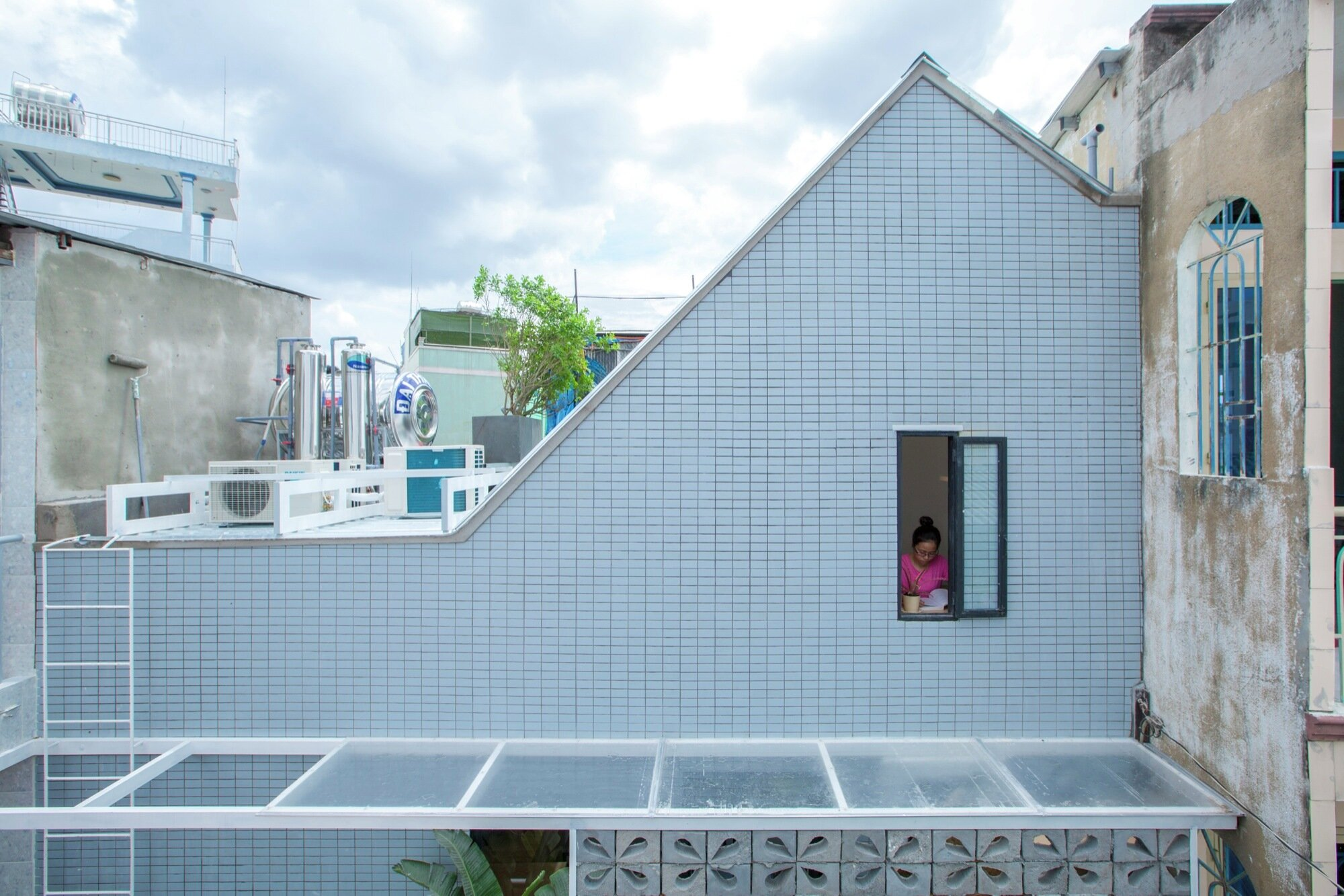 2.5 House - Khuon Studio - Vietnam - Exterior - Humble Homes
