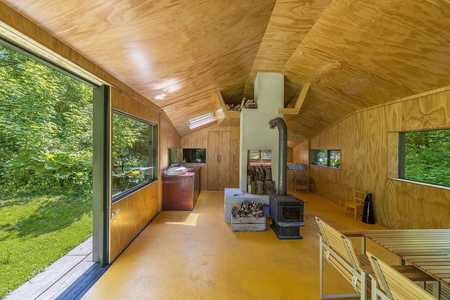 Thoreau's Cabin - cc-studio - The Netherlands - Living Area - Humble Homes