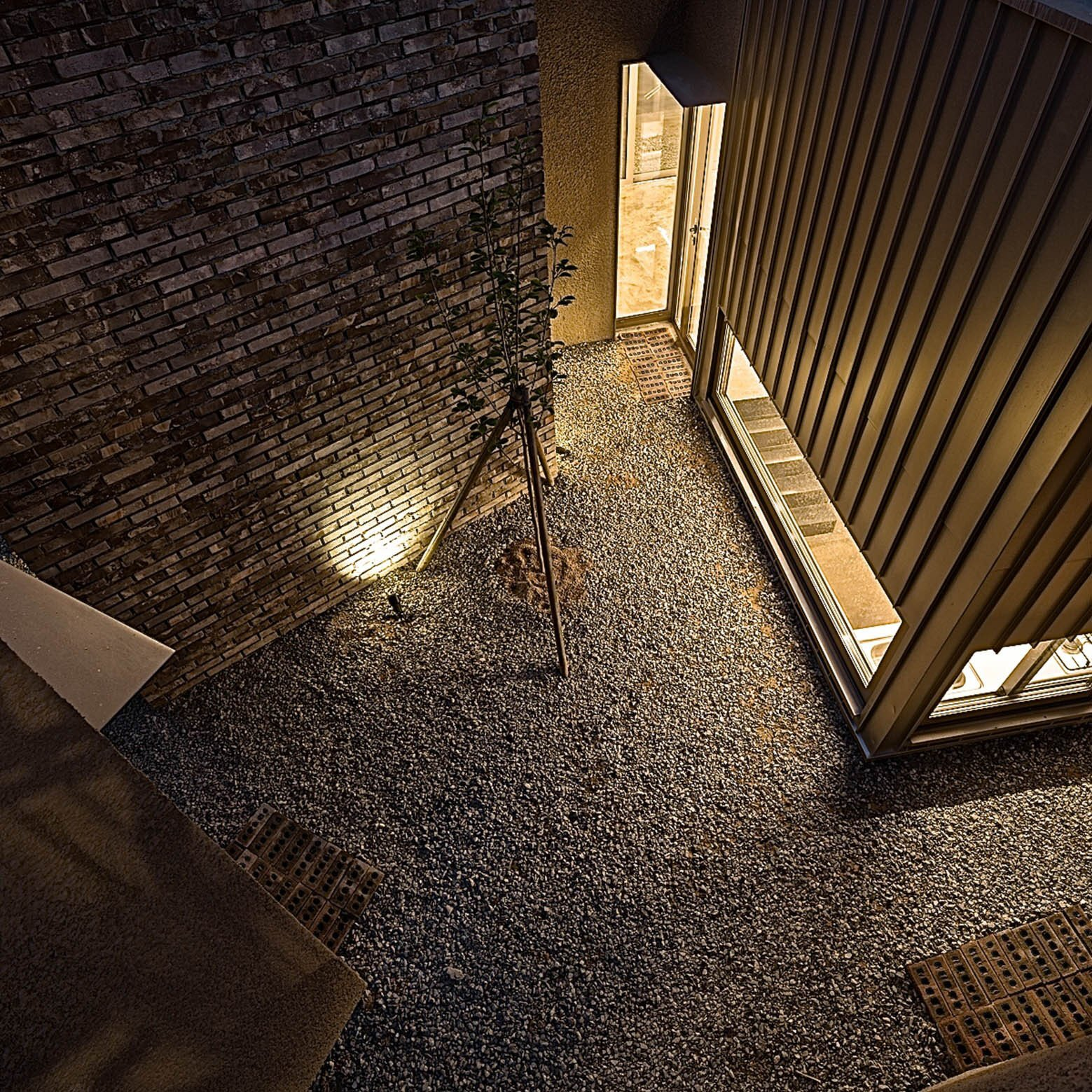 Five Trees - YounghanChung Architects - South Korea - Courtyard - Humble Home
