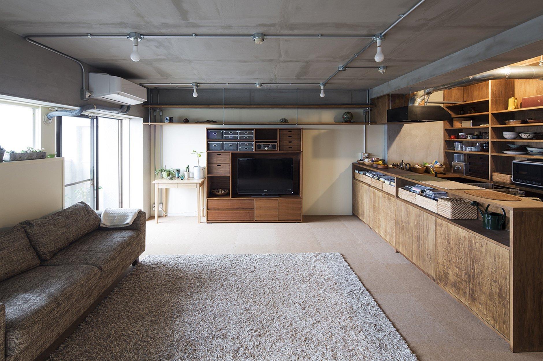 A Dark Industrial Chic Apartment From Tokyo By Yuichi Yoshida