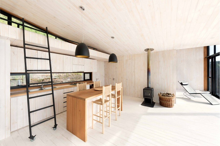 IA House - Joannon Arquitectos - Chile - Kitchen - Humble Homes