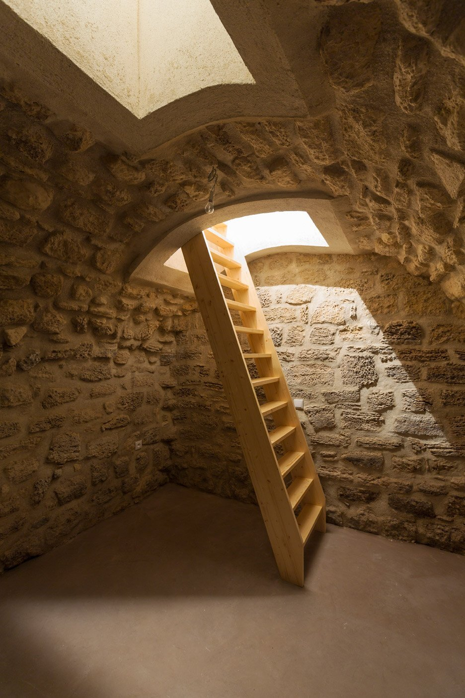 Tiny Apartment - Anne Rolland Architecte - Paris - Cellar - Humble Homes