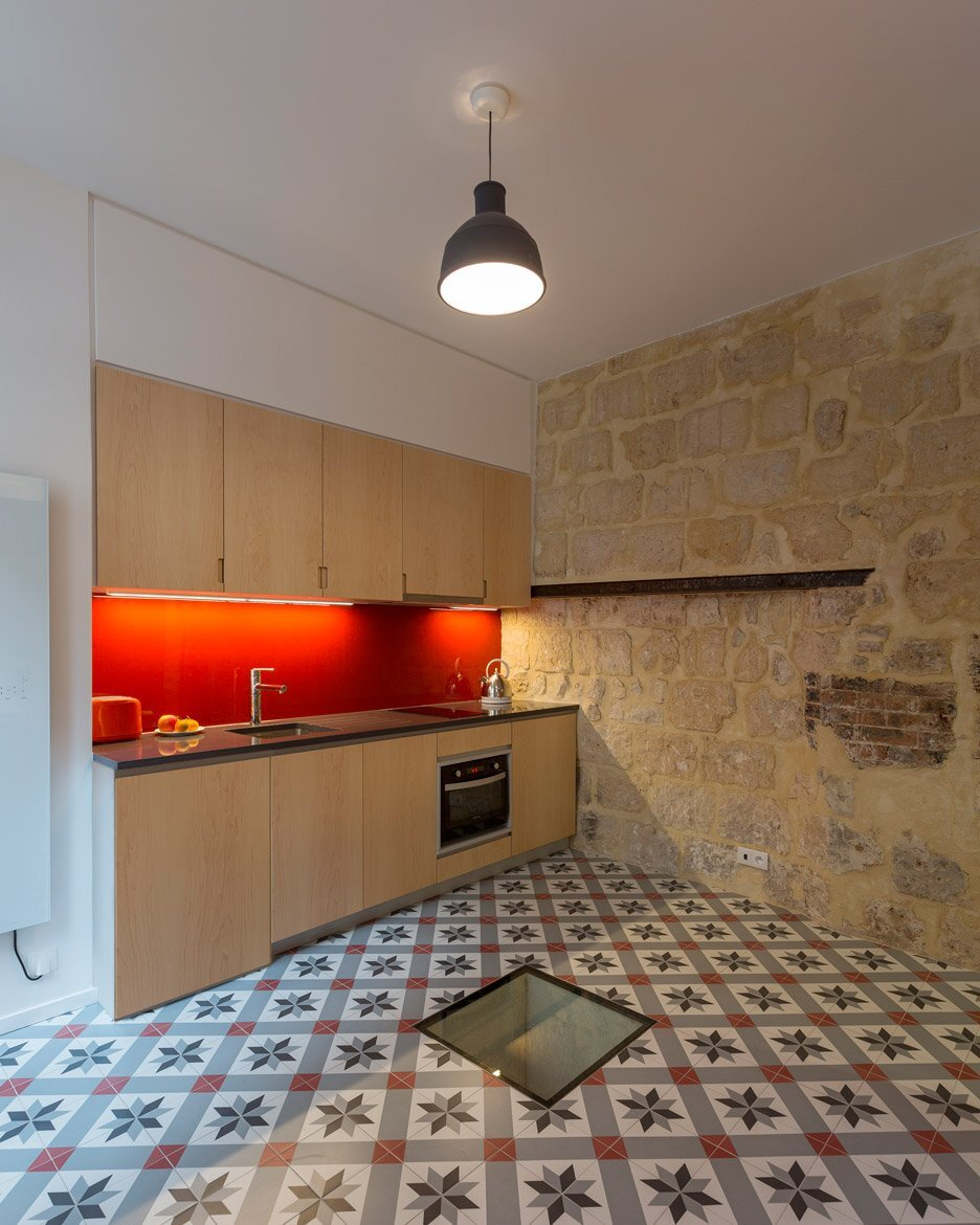Tiny Apartment - Anne Rolland Architecte - Paris - Kitchen - Humble Homes