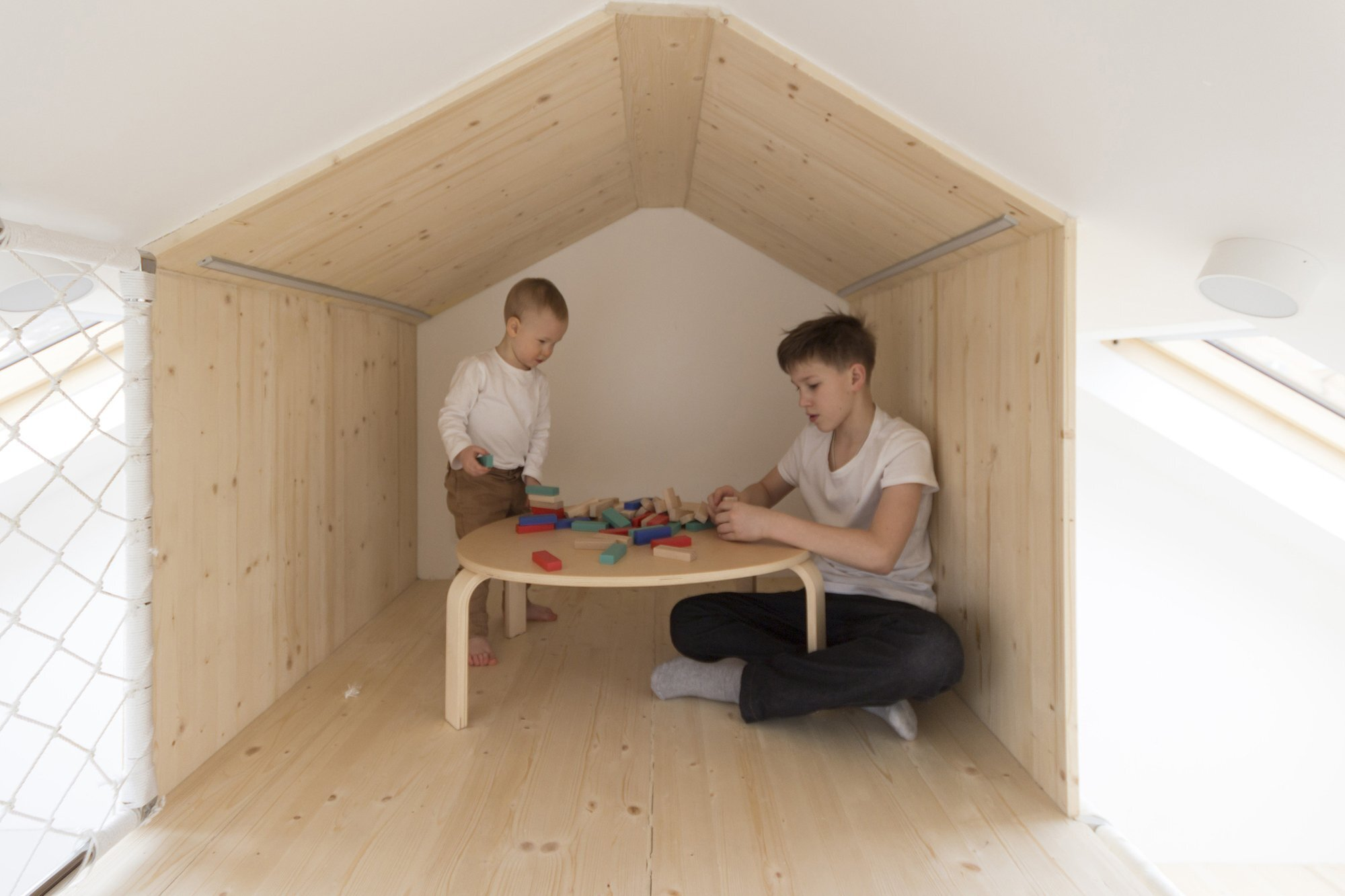 Sleep and Play - Multifunctional Spaces - Ruetemple - Moscow - Loft Play Space - Humble Homes
