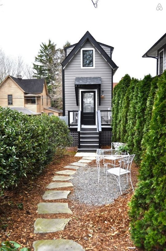 The Birdhouse - Asheville - Exterior - Humble Homes