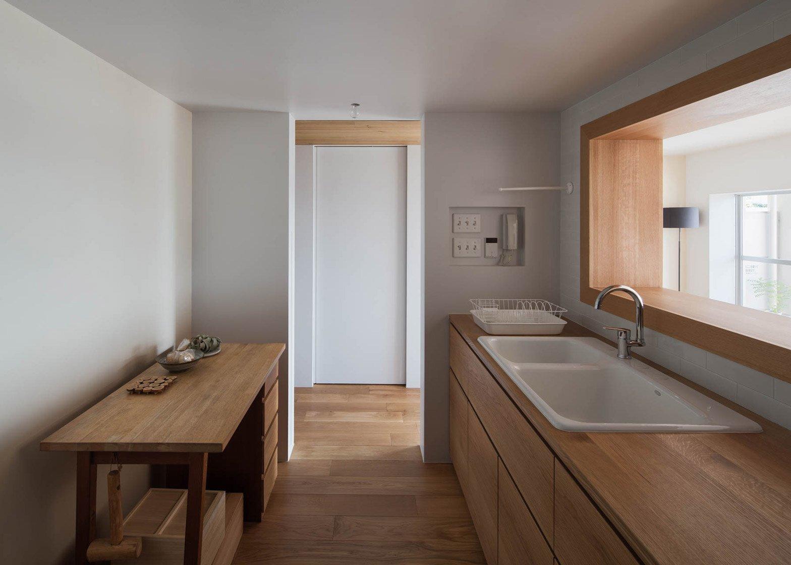 Apartment Machiya - Yumiko Miki Architects - Tokyo - Wood Kitchen - Humble Homes