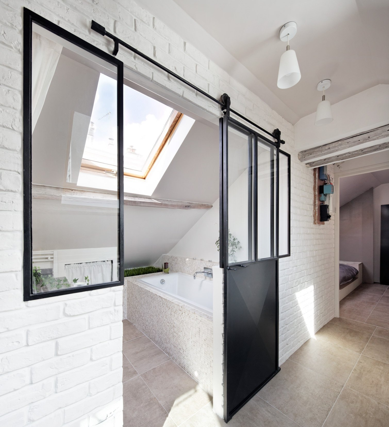 Living Under the Roof - Prisca Pellerin - France - Bathroom - Humble Homes