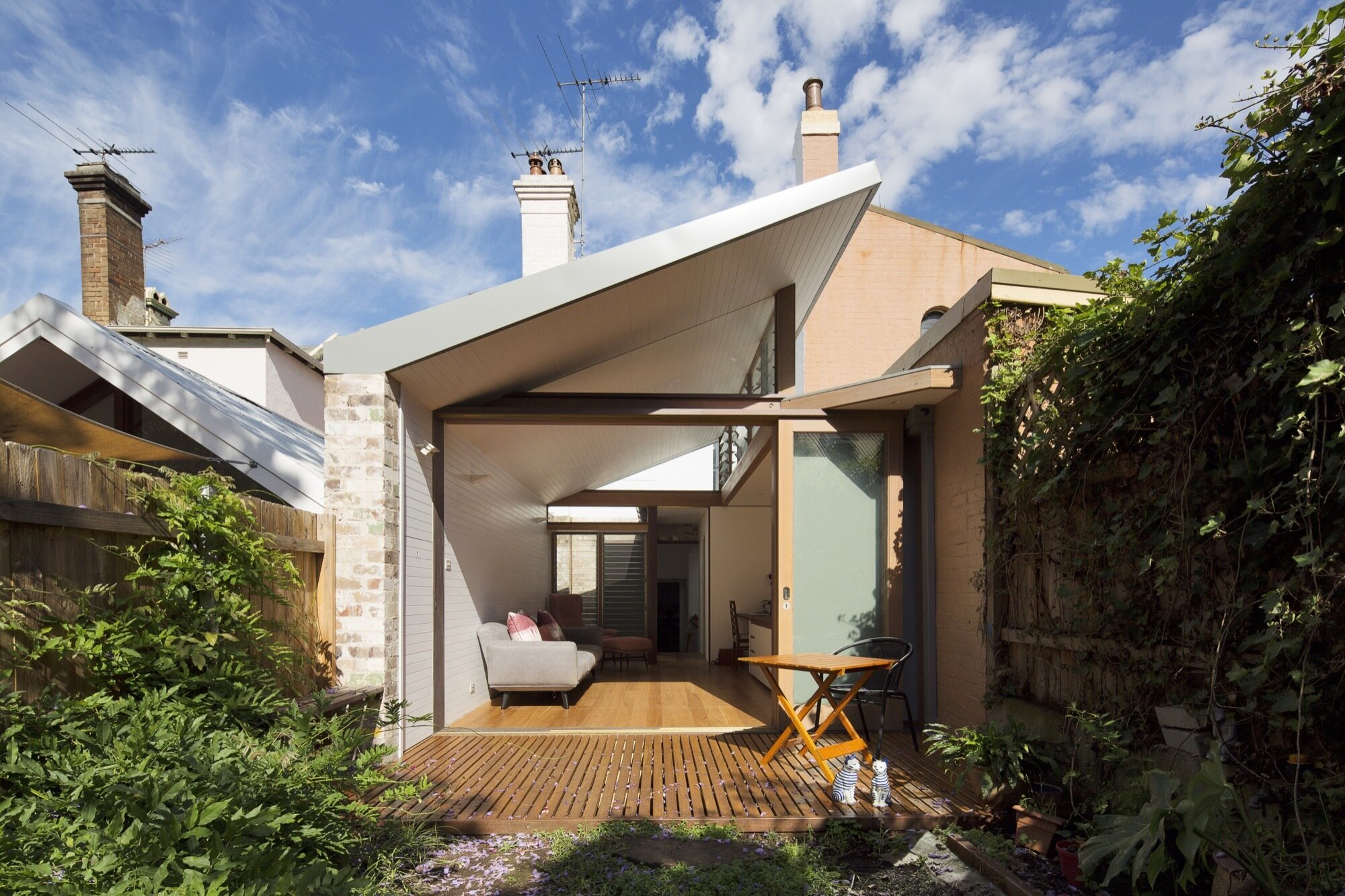 A narrow house renovation in sydney for two retired teachers for External house renovation