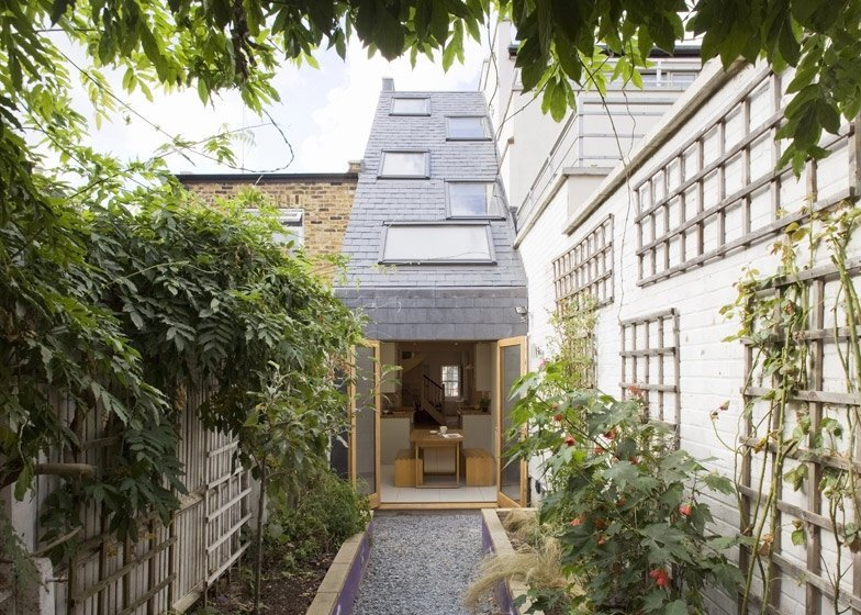 Slim House - Alma Nac - South London - Exterior Back - Humble Homes
