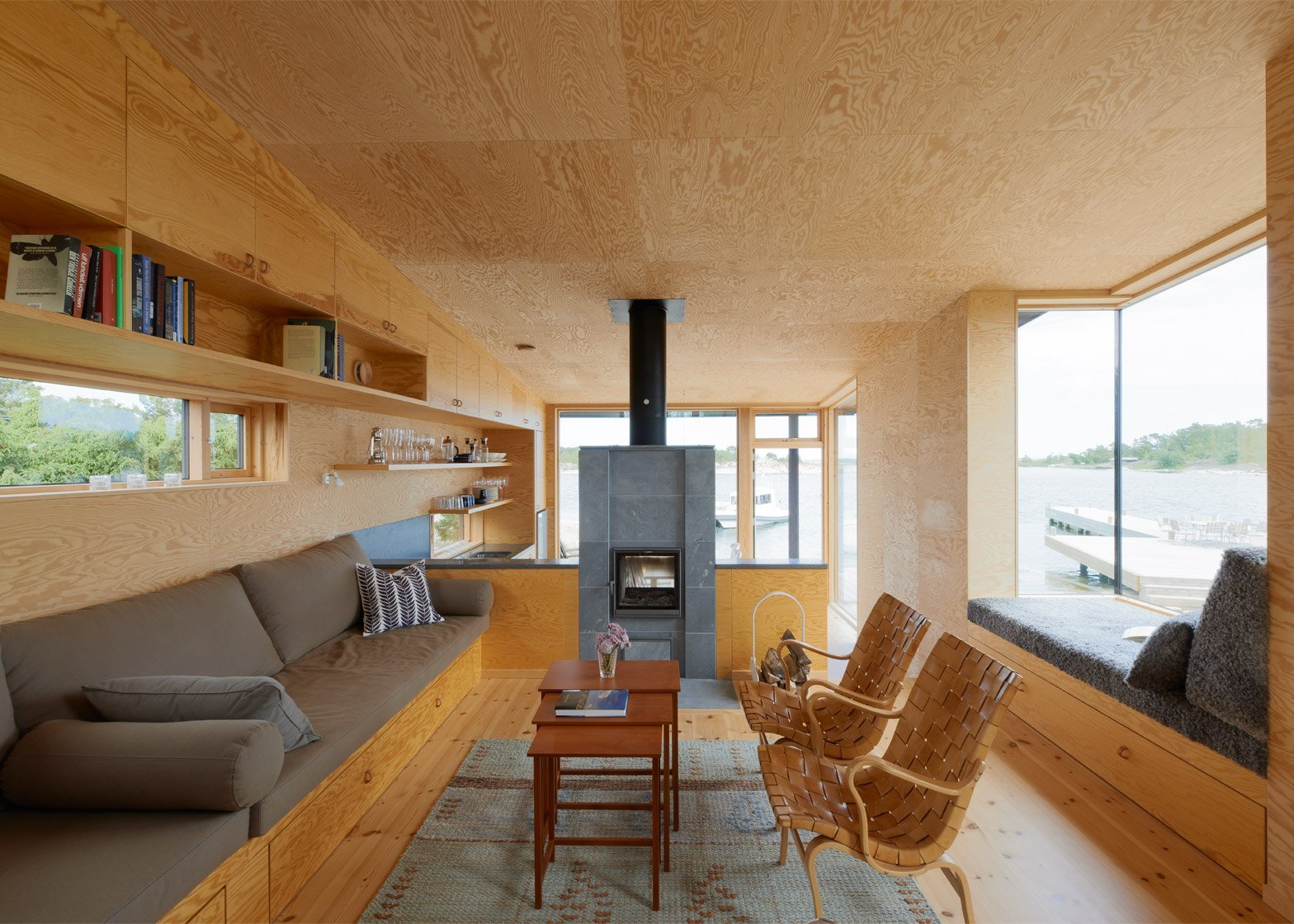 Small Cabins - Margen Wigow Arkitektkontor - Stockholm Archipelago - Living Room - Humble Homes