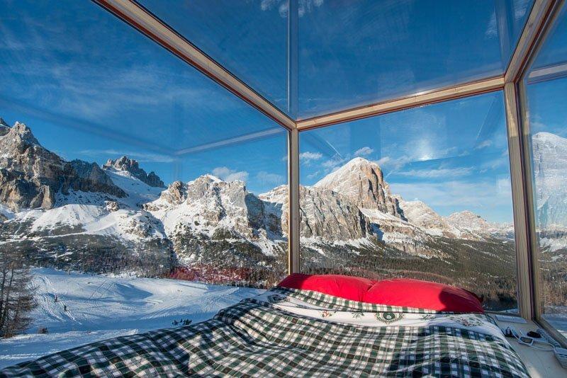 Starlight Room - Tiny Cabin - Dolomite Mountain Range - Italy - Interior - Humble Homes