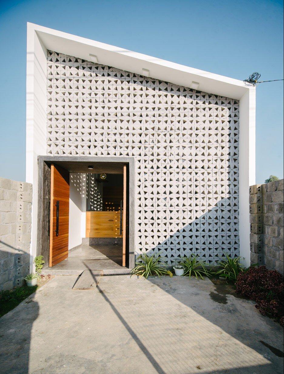 Kontum House - Khuon Studio - Vietnam - Exterior - Humble Homes