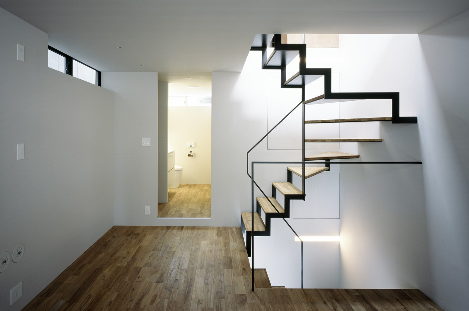 Nest - APOLLO Architects - Japan - Staircase - Humble Homes