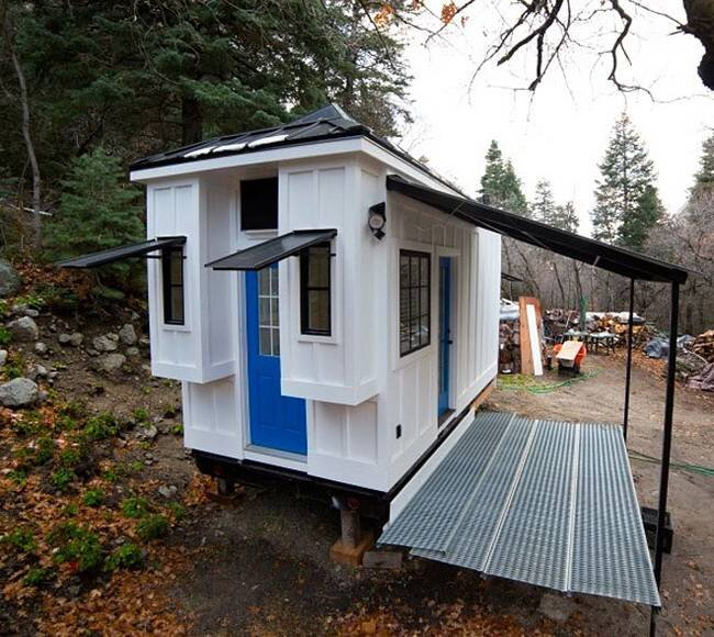 Tiny House by Patrick and Sarah Romero - Utah - Exterior - Humble Homes