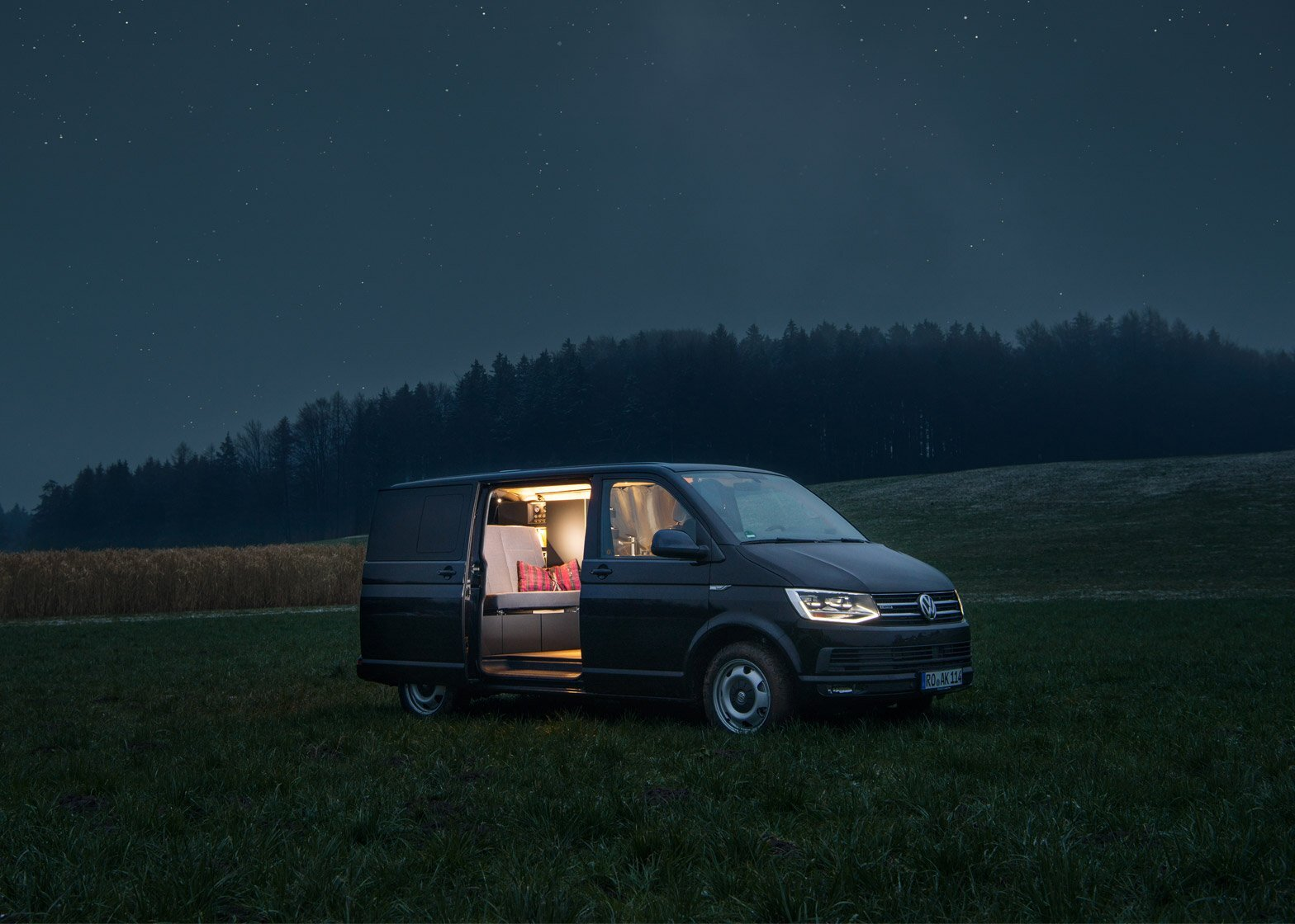 volkswagen t6 converted into a stylish camper van by nols. Black Bedroom Furniture Sets. Home Design Ideas