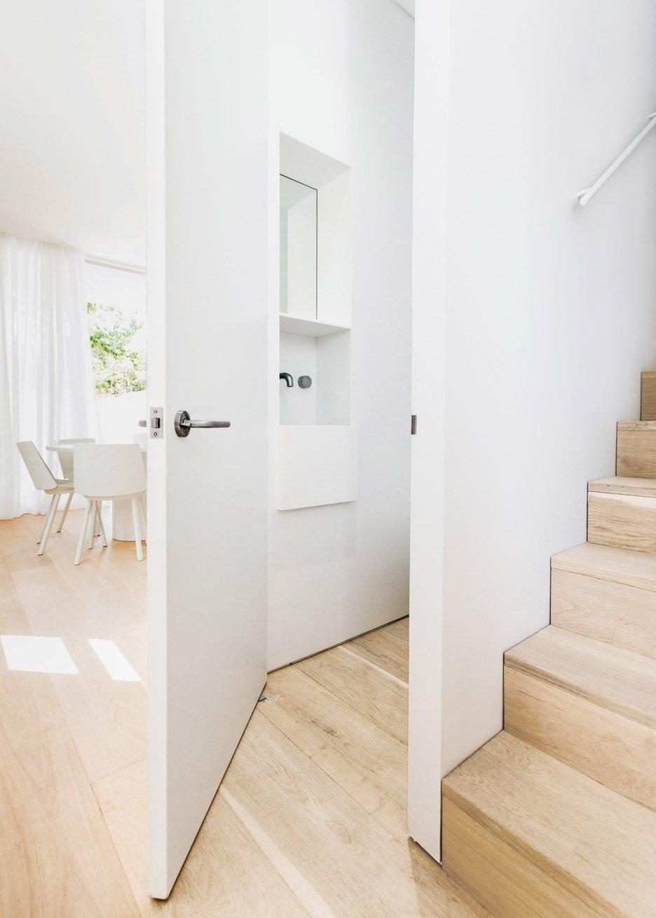 Worker Cottage Renovation - CM Studio - Sydney - Hallway - Humble Homes