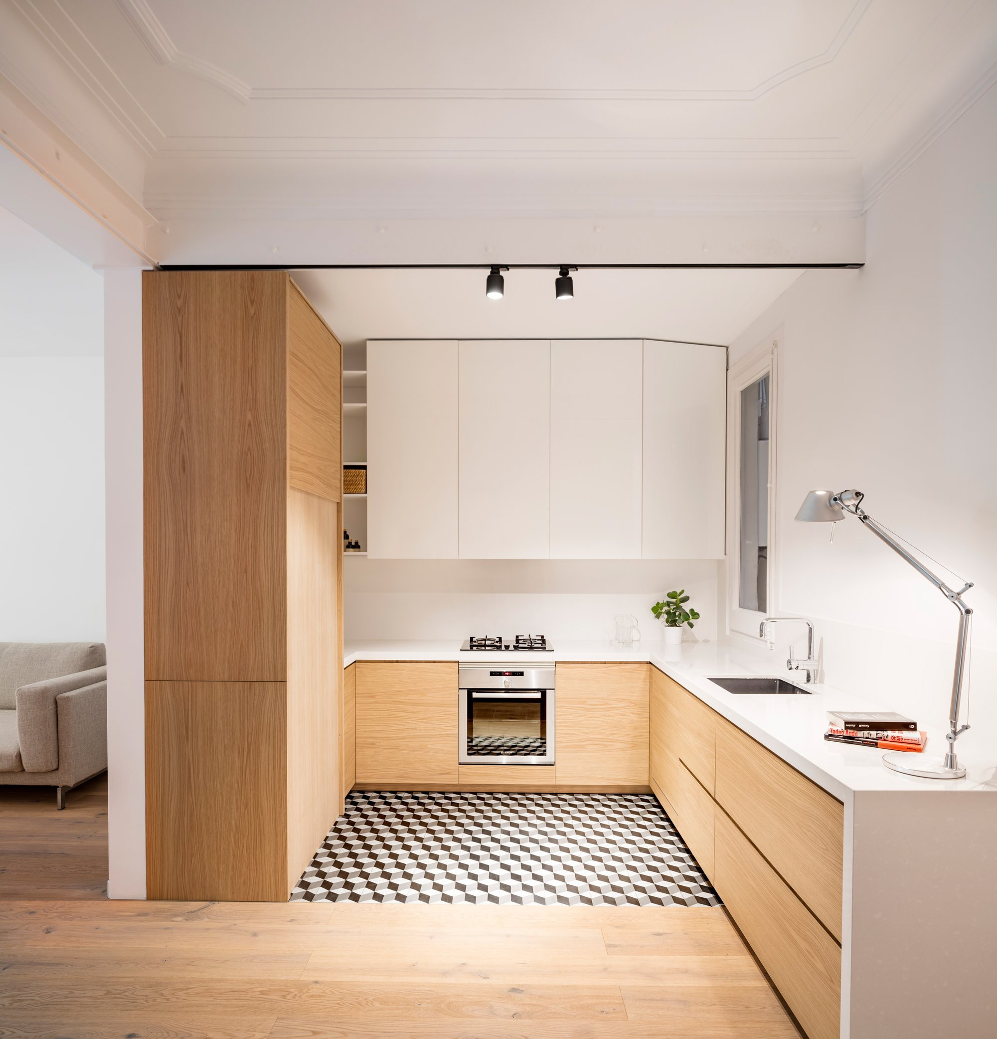 Alan's Apartment Renovation - EO arquitectura - Spain - Kitchen - Humble Homes