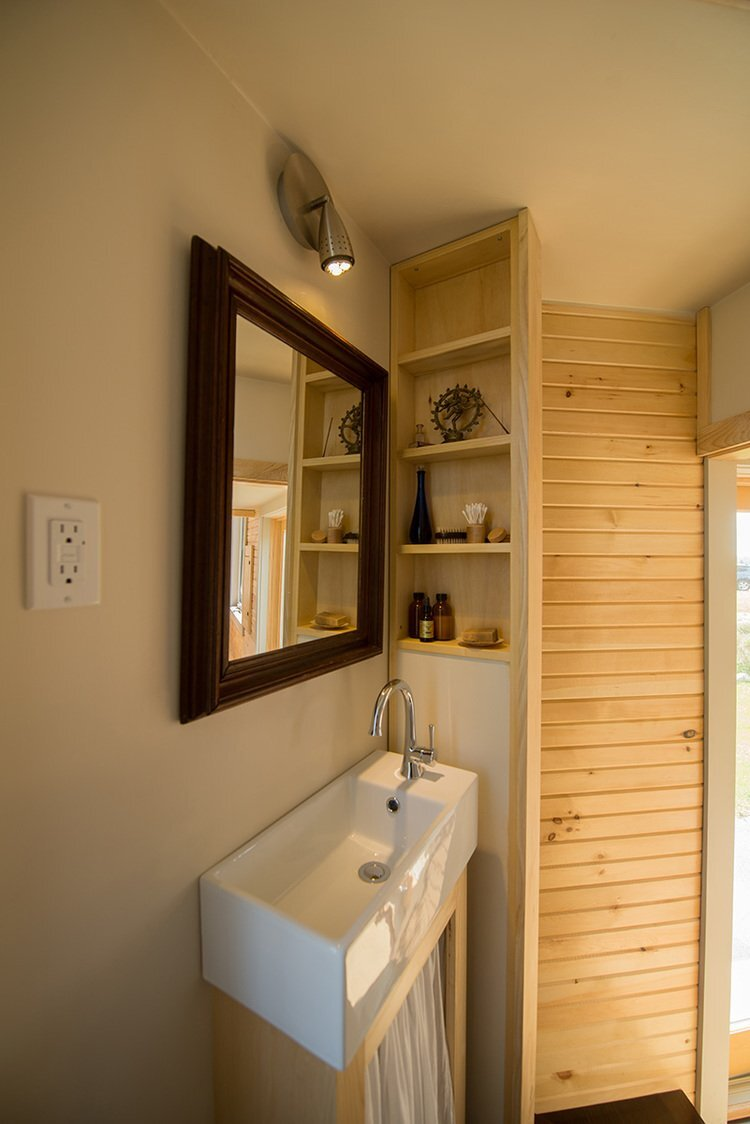 Harmony House - Full Moon Tiny Shelters - Nova Scotia - Bathroom - Humble Homes