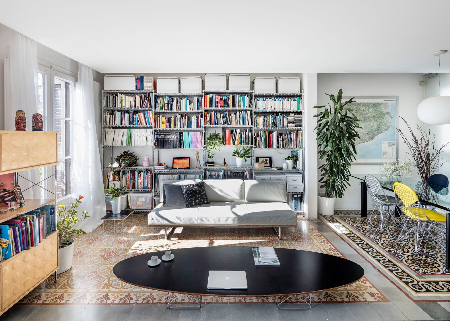 Historic Apartment Renovation - Nach - Barcelona - Living Room - Humble Homes