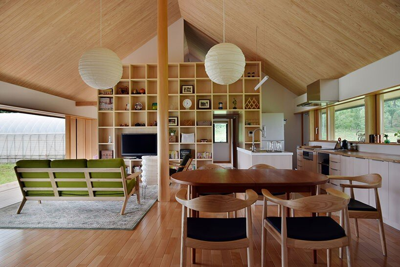House in Atsugi - Kikkawa Architects + Hisashi Ikeda architects - Japan - Living Room - Humble Homes