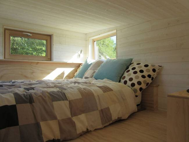Tiny Stream Tiny House -  La Tiny House - France - Bedroom - Humble Homes