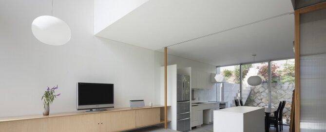 House in Midorigaoka - Yutaka Yoshida Architect & Associates - Japan - Living Room and Kitchen - Humble Homes