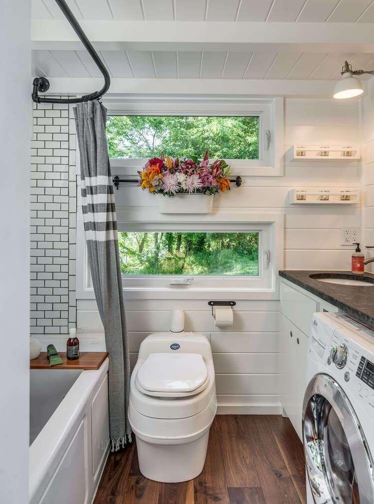 Alpha Tiny House - New Frontier Tiny Homes - Nashville - Bathroom - Humble Homes