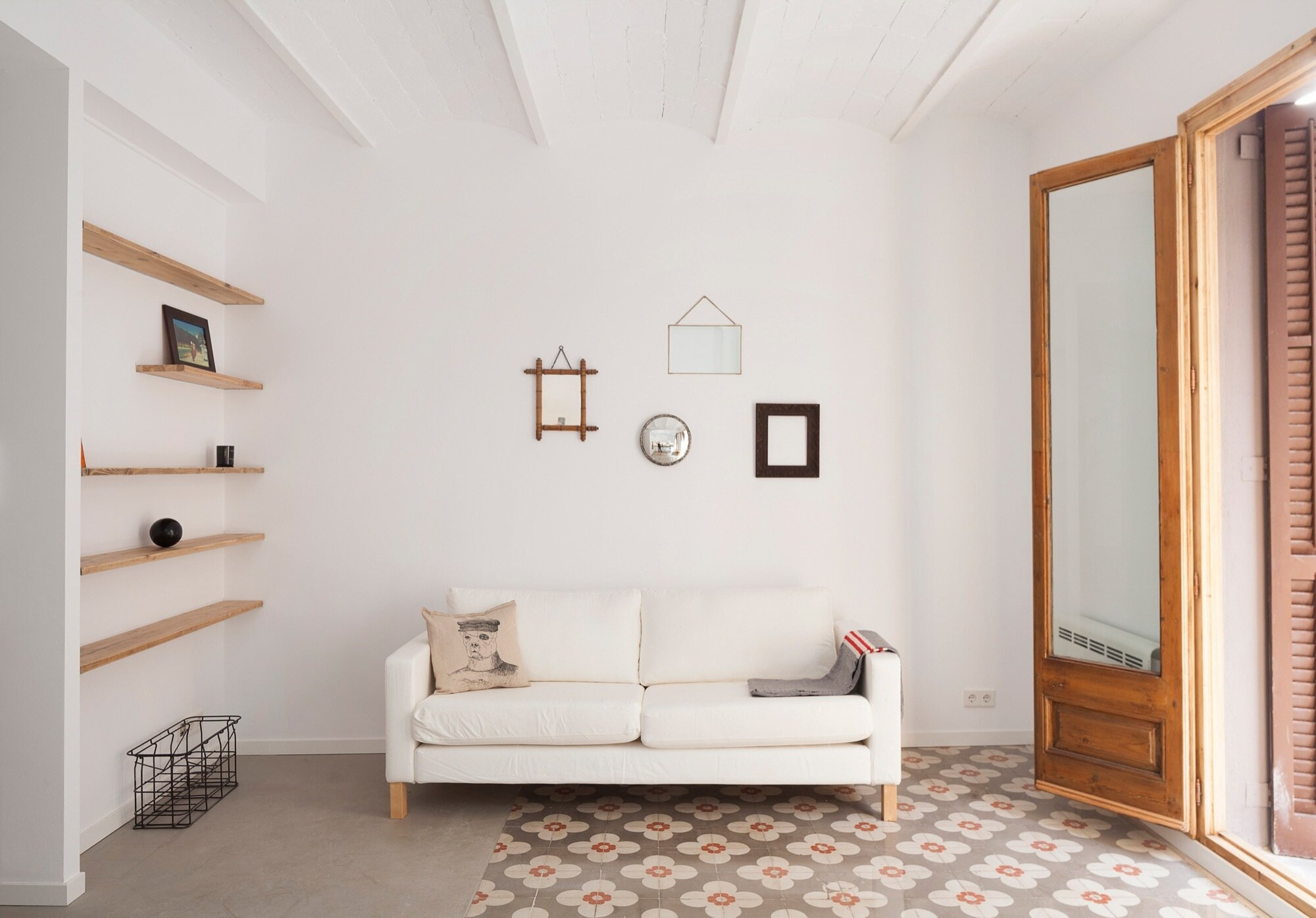 Casa Pizarro-Apartment Refurbishment in Barceloneta