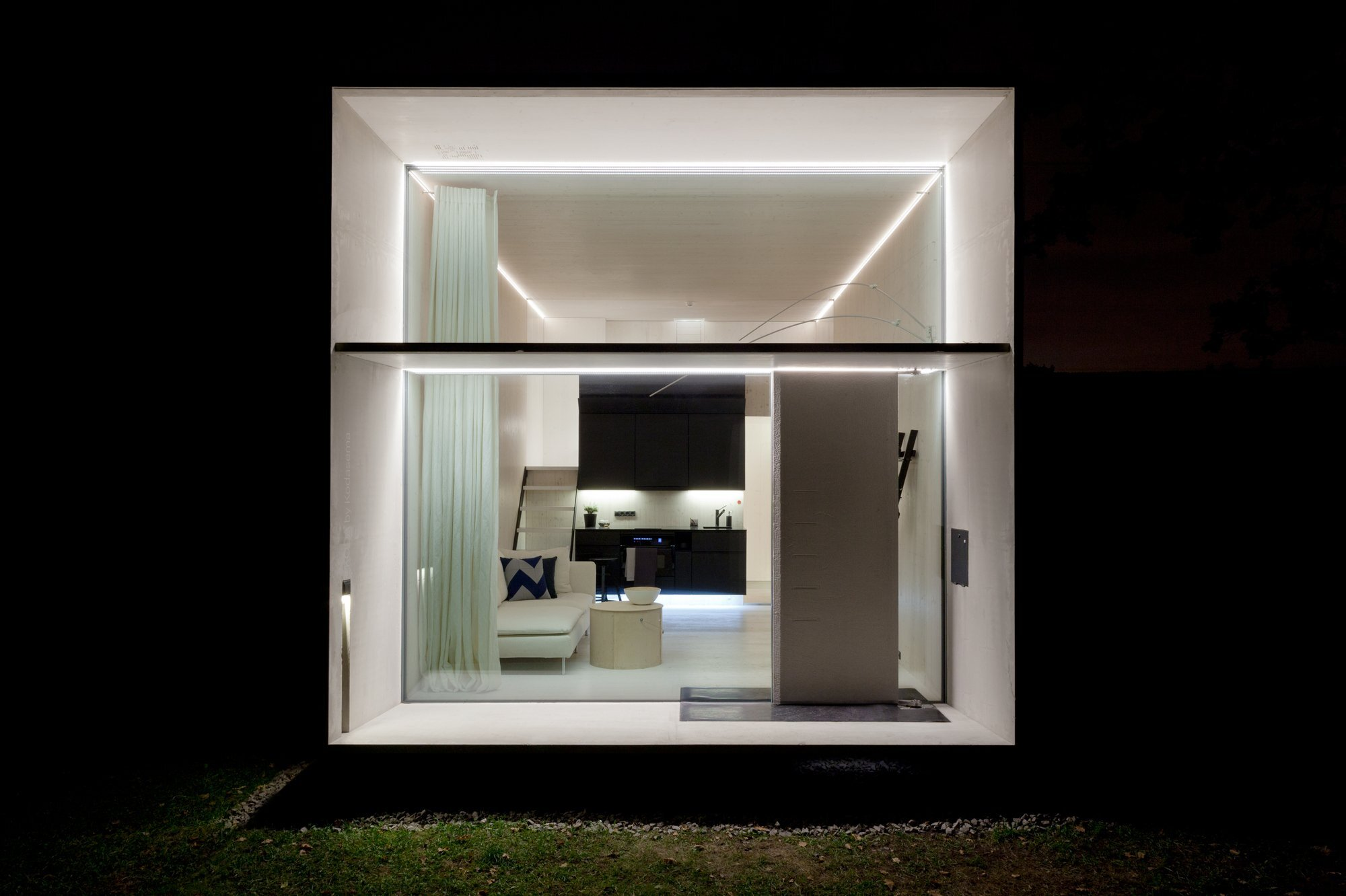KODA - Kodasema - Estonia - Exterior 4 At Night - Humble Homes