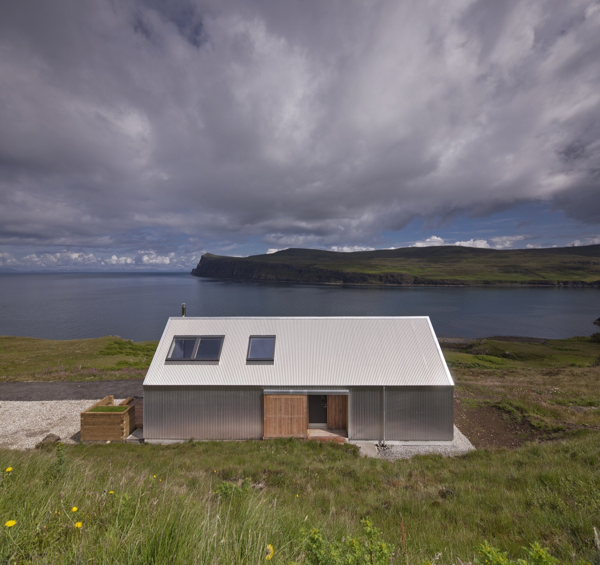 Tinhouse - Rural Design - Skye - Exterior - Humble Homes