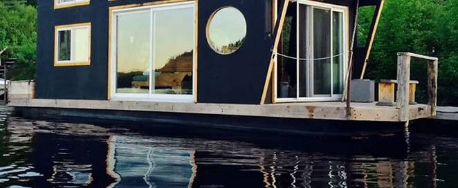 Wakefield Houseboat - Exploring Alternatives - Quebec - Exterior - Humble Homes