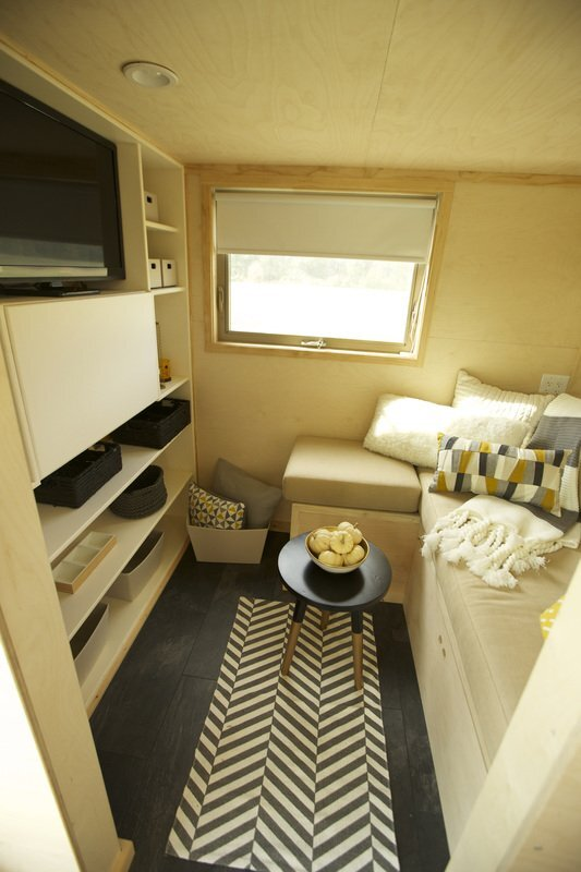 Z Huis - Wishbone Tiny Homes - New Jersey - Living Room - Humble Homes