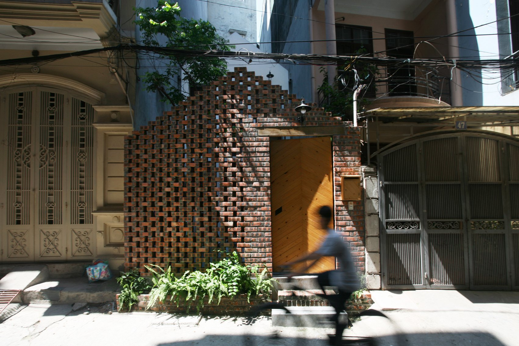 Maison T - Nghia-Architect - Vietnam - Exterior - Humble Homes