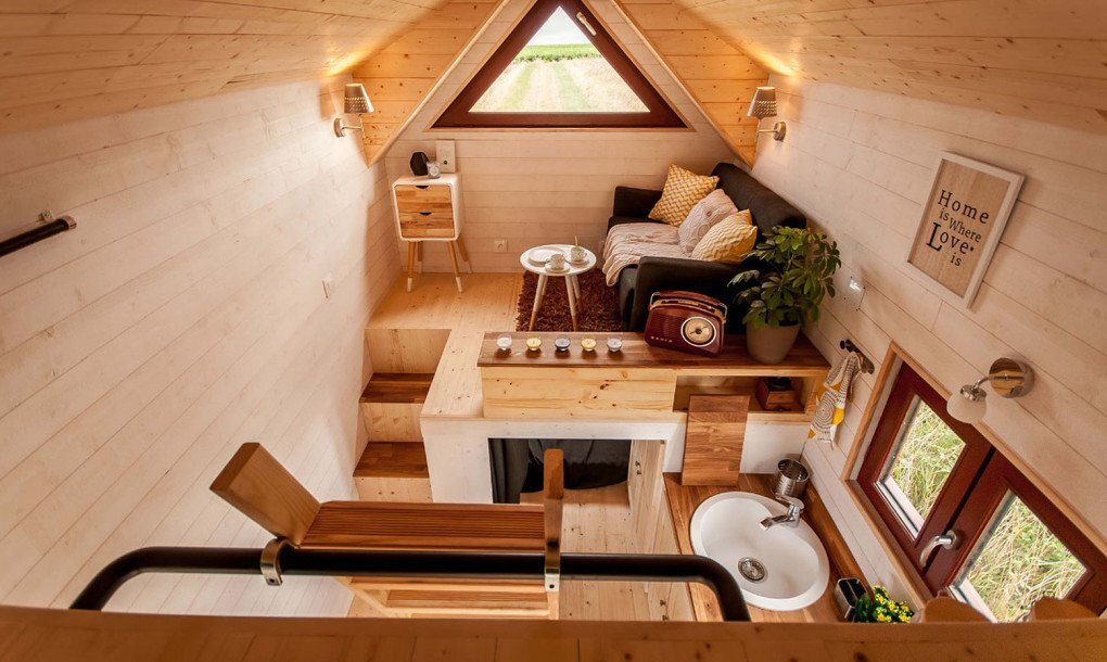 Odyssee - Baluchon - France - Living Room - Humble Homes