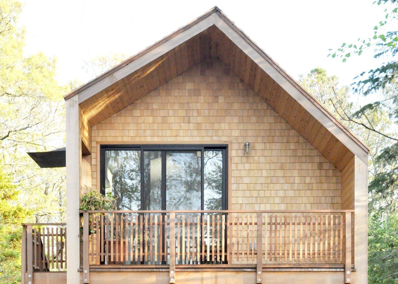 Tree House - Nicholas Waldman - Massachusetts - Exterior Back - Humble Homes