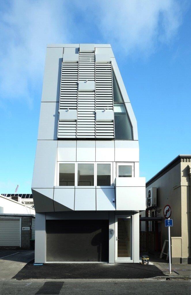 megatower-thom-craig-christchurch-new-zealand-exterior-humble-homes