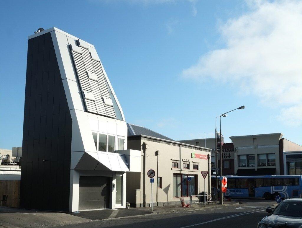 megatower-thom-craig-christchurch-new-zealand-exterior-side-humble-homes