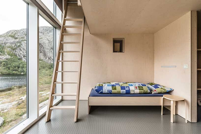 skapet-mountain-lodges-koko-architects-norway-bedroom-and-ladders-humble-homes