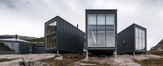 skapet-mountain-lodges-koko-architects-norway-exterior-humble-homes