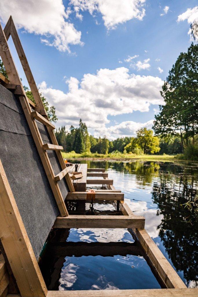 estonian-academy-of-arts-b210-floating-timber-pavilion-b219-and-estonian-academy-of-arts-soomaa-national-park-3-humble-homes
