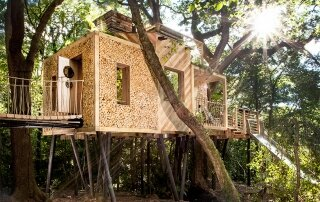 The Woodman's Treehouse – A Luxurious Getaway by Guy Mallinson