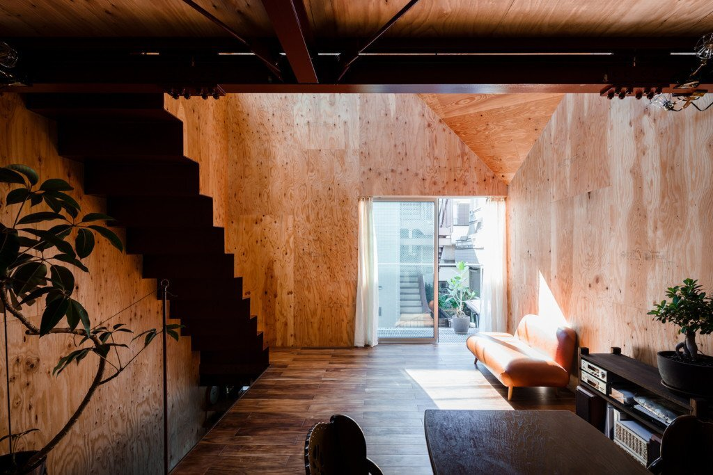 blemen-house-blemen-architects-tokyo-living-area-front-humble-homes