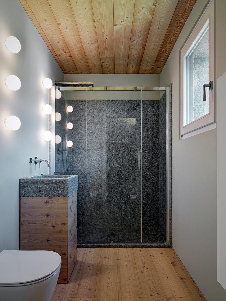 rocco-borromini-sv-house-italy-bathroom-humble-homes