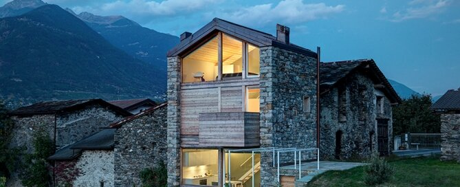 rocco-borromini-sv-house-italy-exterior-humble-homes