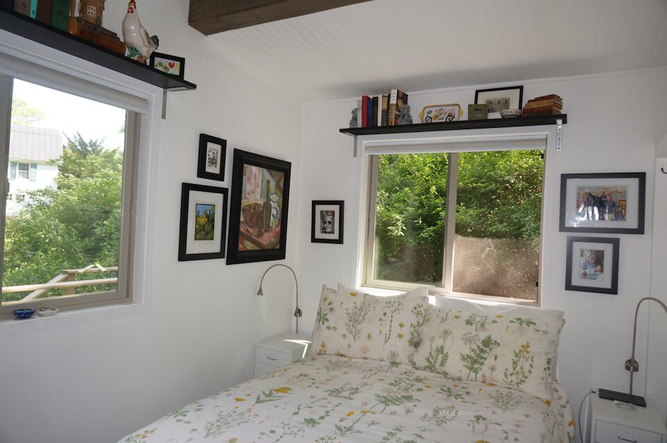 simply-enough-tiny-house-simply-enough-virginia-bedroom-humble-homes