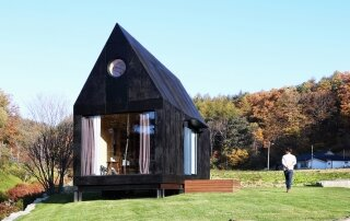 The Tiny House of Small Town – A 213-Square-Foot Korean Tiny House