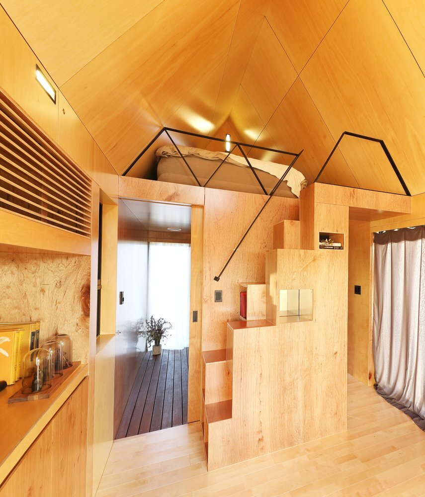 slow-town-tiny-house-the-plus-partners-dnc-architects-south-korea-living-area-humble-homes