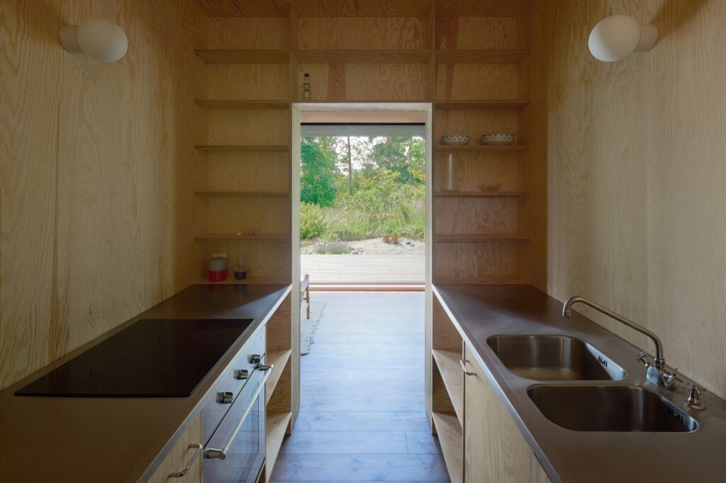 Summerhouse T - Krupinski Krupinska Arkitekter - Stockholm - Kitchen - Humble-Homes