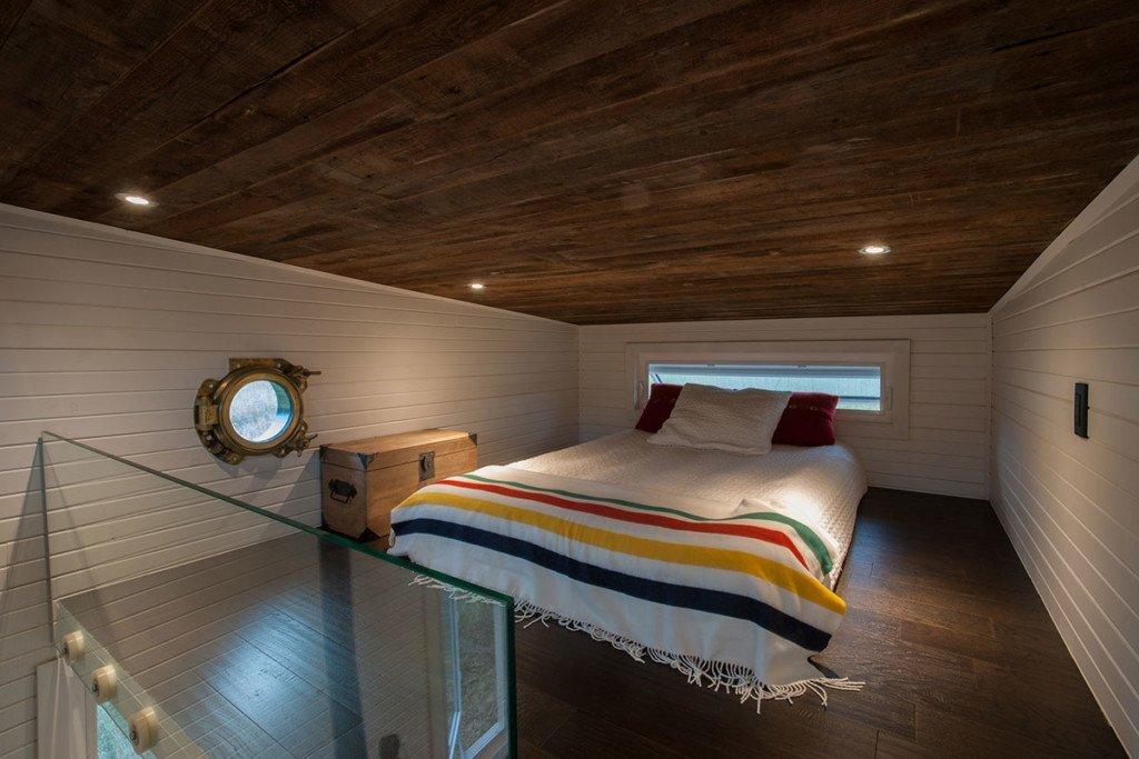 tiny-house-greenmoxie-david-shephard-and-ian-fotheringham-toronto-bedroom-humble-homes