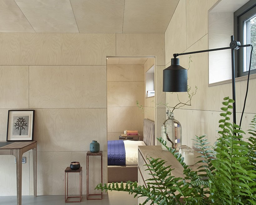 ecospace-studio-ipt-architects-england-through-to-bedroom-humble-homes